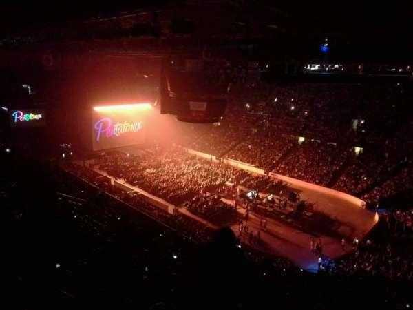 Scotiabank Saddledome, secção: 215, fila: 23, lugar: 16