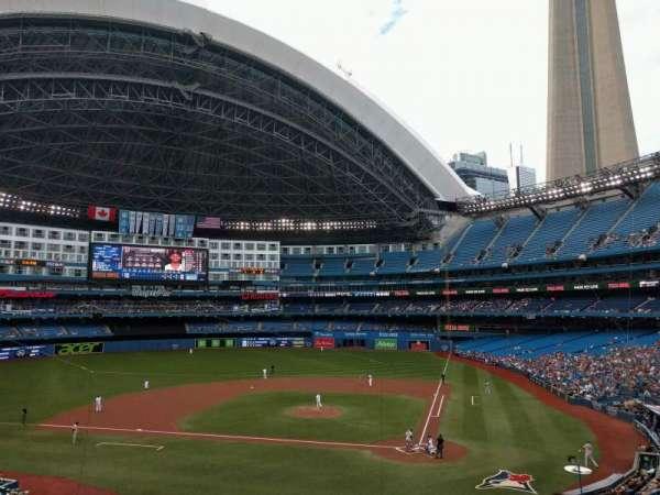 Rogers Centre, secção: 226l, fila: 2, lugar: 103