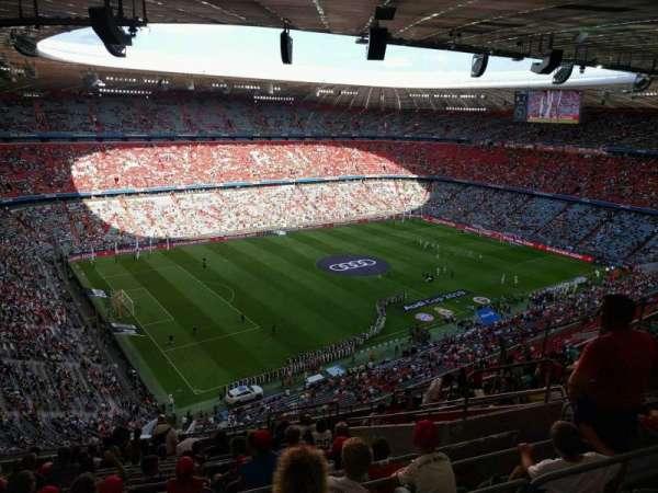 Allianz Arena, secção: 347, fila: 16, lugar: 5