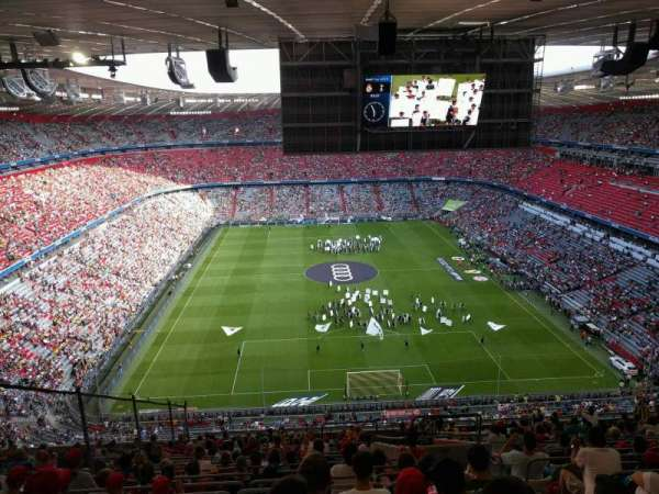 Allianz Arena, secção: 339, fila: 20, lugar: 9