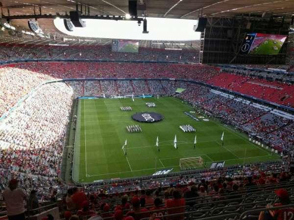Allianz Arena, secção: 337, fila: 18, lugar: 17