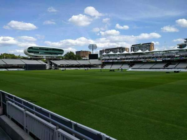 Lord's Cricket Ground, fila: 2, lugar: 39
