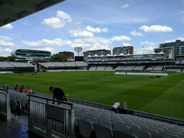 Lord's Cricket Ground, fila: 12, lugar: 32