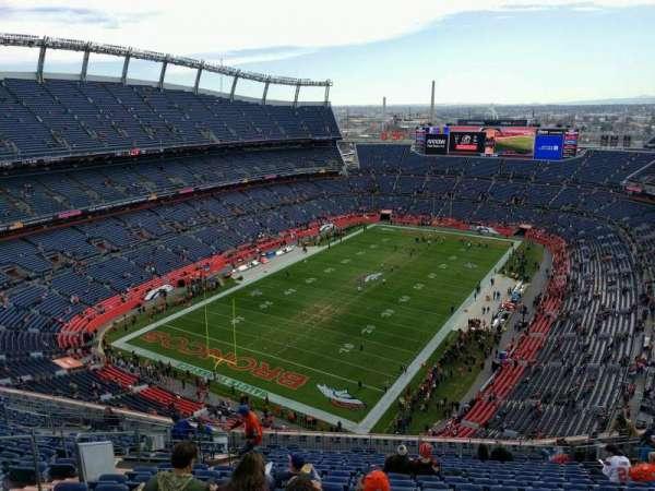 Empower Field at Mile High Stadium, secção: 517, fila: 19, lugar: 19