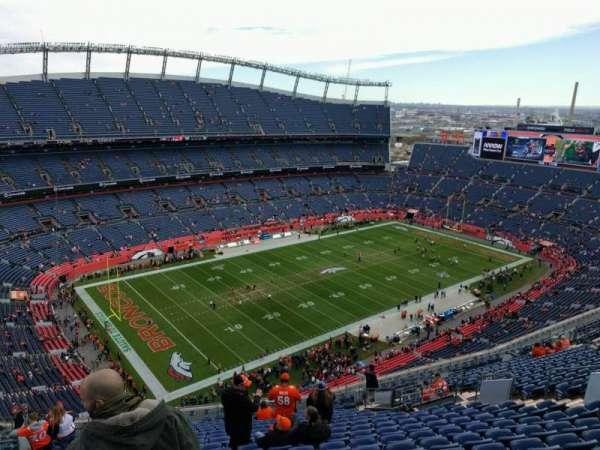Empower Field at Mile High Stadium, secção: 514, fila: 21, lugar: 17