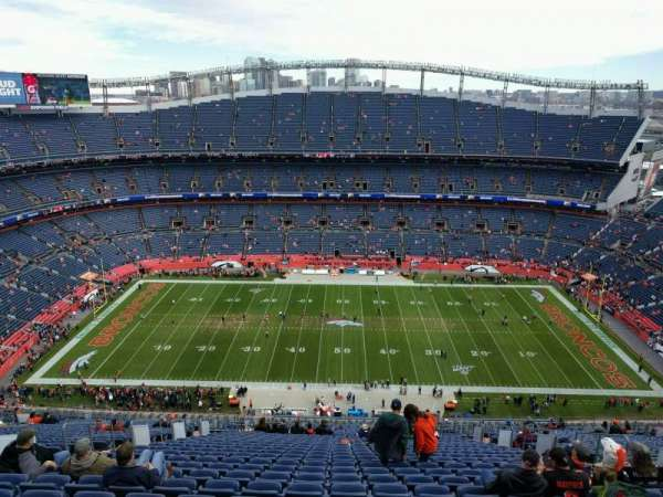 Empower Field at Mile High Stadium, secção: 508, fila: 33, lugar: 10