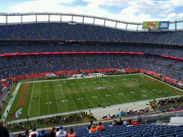 Empower Field at Mile High Stadium, secção: 537, fila: 14, lugar: 21