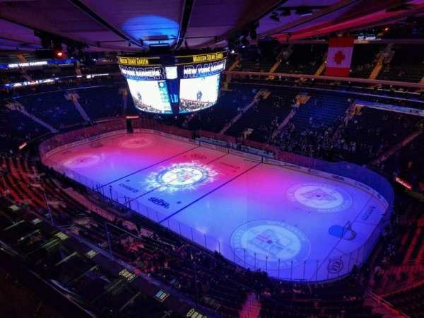 Madison Square Garden, secção: 328, fila: 2, lugar: 3