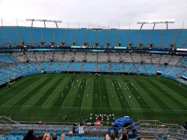 Bank of America Stadium, secção: 515, fila: 8, lugar: 10