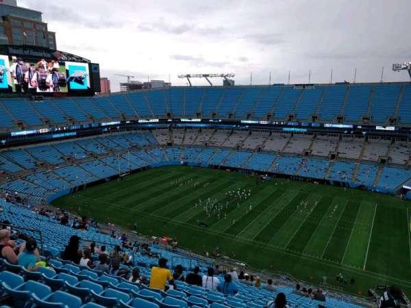 Bank of America Stadium, secção: 511, fila: 26, lugar: 13