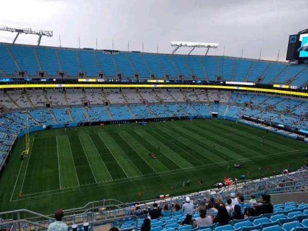 Bank of America Stadium, secção: 518, fila: 10, lugar: 20