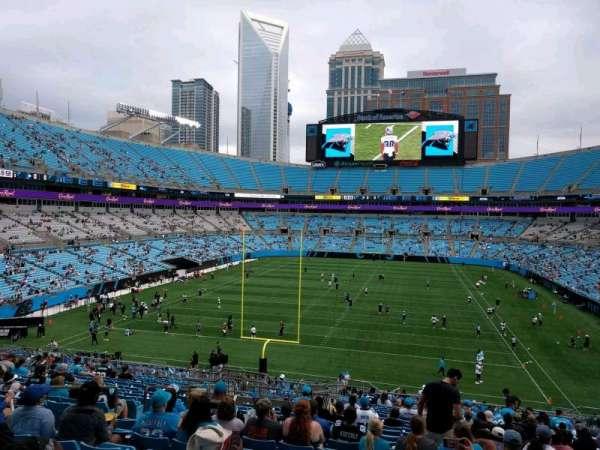 Bank of America Stadium, secção: 256, fila: 19, lugar: 16
