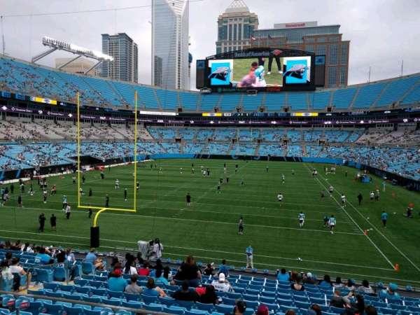 Bank of America Stadium, secção: 256, fila: 2, lugar: 11