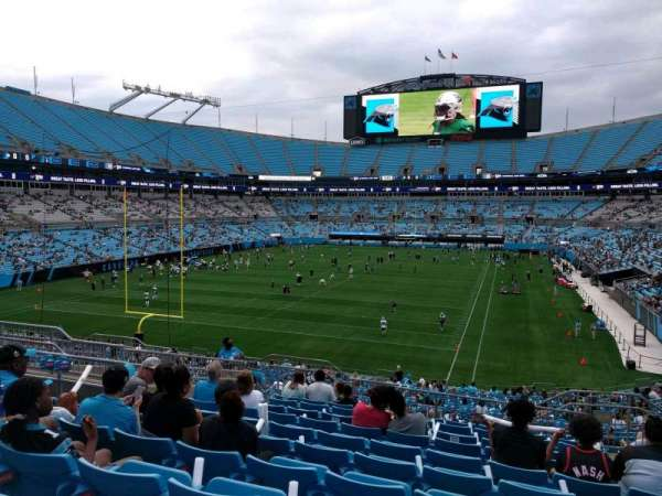 Bank of America Stadium, secção: 227, fila: 11, lugar: 7