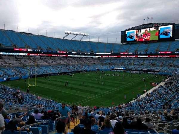 Bank of America Stadium, secção: 337, fila: 17, lugar: 7