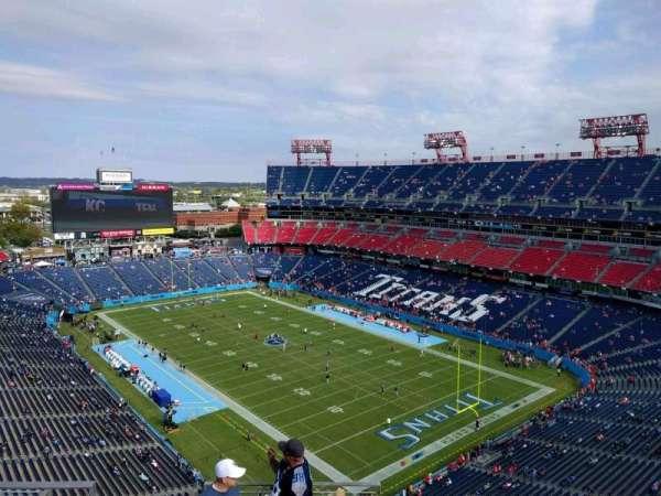 Nissan Stadium, secção: 326, fila: n, lugar: 8