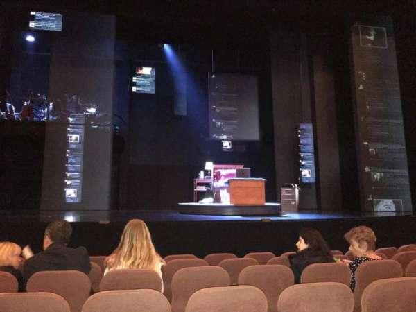 Music Box Theatre, secção: Orchestra C, fila: G, lugar: 109