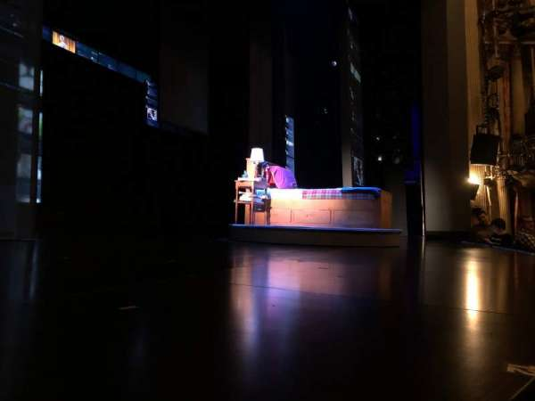 Music Box Theatre, secção: Orchestra L, fila: A, lugar: 4