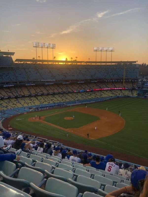 Dodger Stadium, secção: 32RS, fila: S, lugar: 22