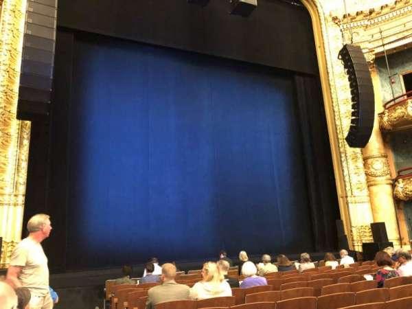 Emerson Colonial Theatre, secção: Orchestra L, fila: L, lugar: 1
