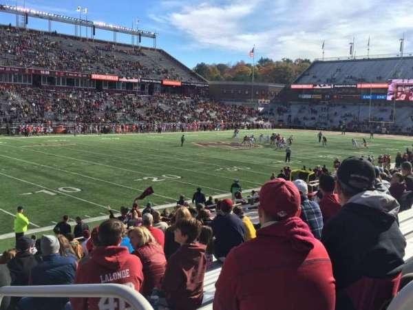 Alumni Stadium, secção: A, fila: 21, lugar: 3