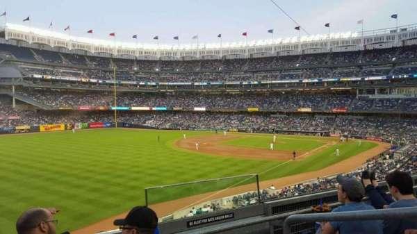Yankee Stadium, secção: 231, fila: 3, lugar: 2