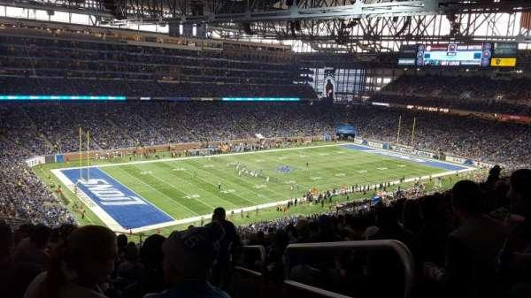 Ford Field, secção: 325, fila: 15, lugar: 23