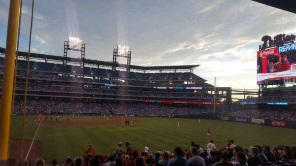 Citizens Bank Park, secção: 106, fila: 20, lugar: 16