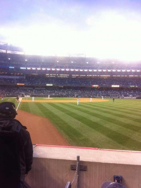 Yankee Stadium, secção: 107, fila: 13, lugar: 10