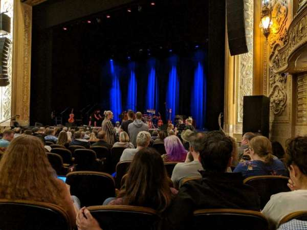 Paramount Theatre (Seattle), secção: MF1, fila: M, lugar: 5