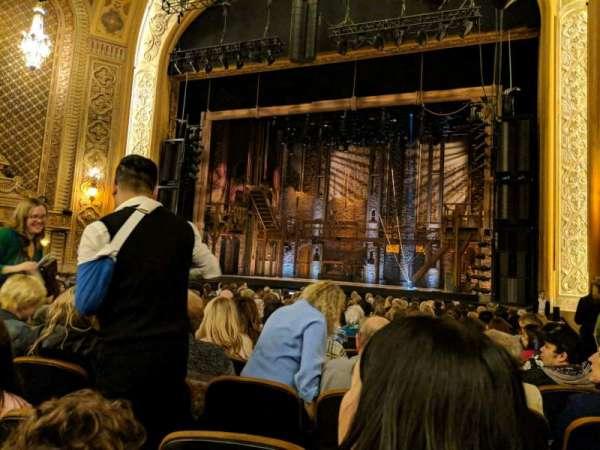 Paramount Theatre (Seattle), secção: Main Floor 2, fila: T, lugar: 13