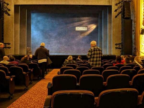 Paramount Theatre (Seattle), secção: Main Floor 2, fila: L, lugar: 1