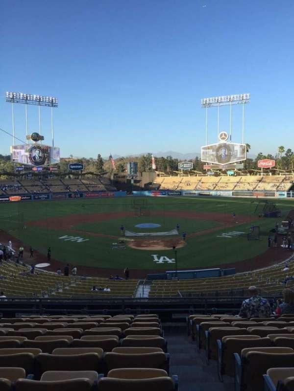 Dodger Stadium, secção: 102LG, fila: K, lugar: 1