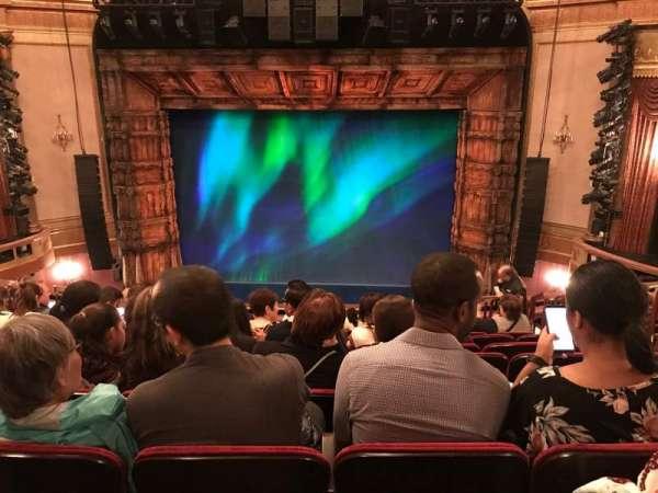 St. James Theatre, secção: Mezzanine C, fila: M, lugar: 104