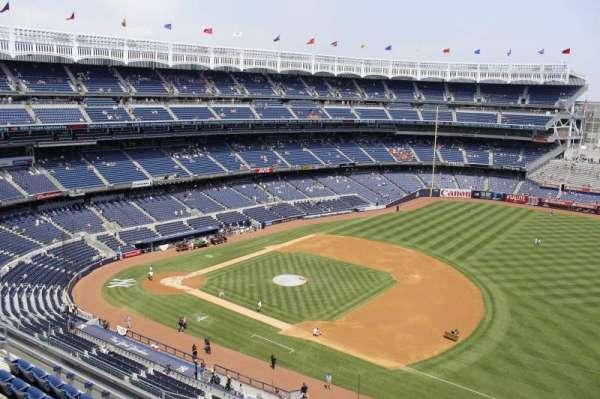 Yankee Stadium, secção: 412, fila: 5, lugar: 10