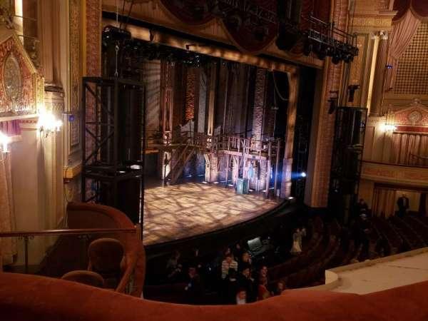 Forrest Theatre, secção: Front Mezzanine A, fila: B, lugar: 27
