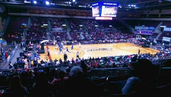 Erie Insurance Arena, secção: 202, fila: X, lugar: 7