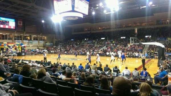 Erie Insurance Arena, secção: 106, fila: H, lugar: 5