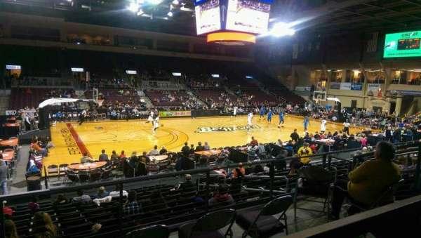 Erie Insurance Arena, secção: 217, fila: P, lugar: 7