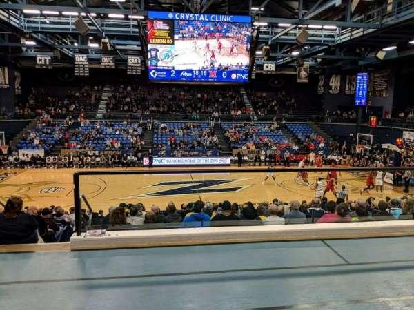 James A. Rhodes Arena, secção: 2B, fila: C, lugar: 4