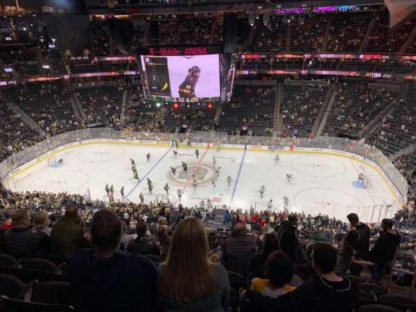 T-Mobile Arena, secção: 206, fila: K, lugar: 15