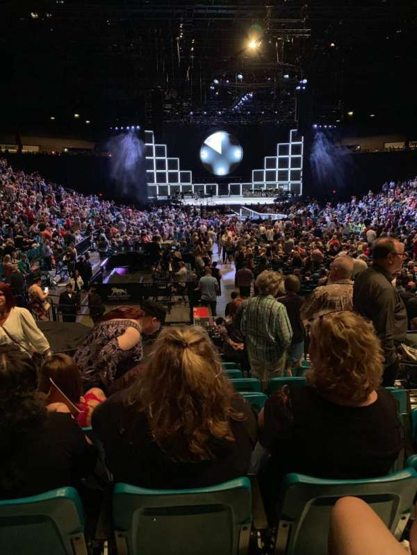 MGM Grand Garden Arena, secção: 3, fila: N, lugar: 4