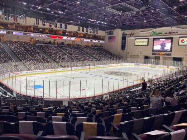 Orleans Arena, secção: 107, fila: M, lugar: 10