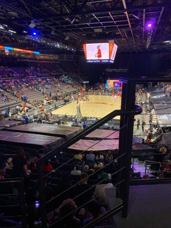 Michelob Ultra Arena, secção: 214, fila: B, lugar: 10