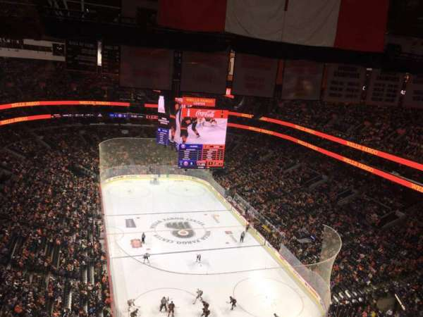Wells Fargo Center, secção: REVOLUTIONARY, fila: Row, lugar: 285