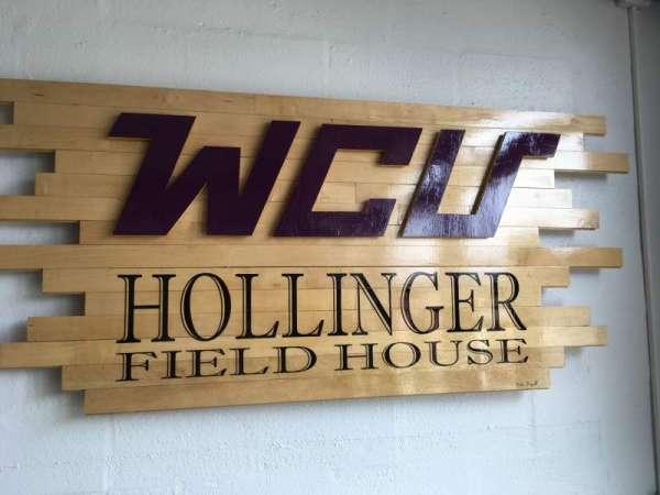 Hollinger Field House, secção: FRONT