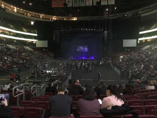 Wells Fargo Center, secção: 108, fila: 12, lugar: 5