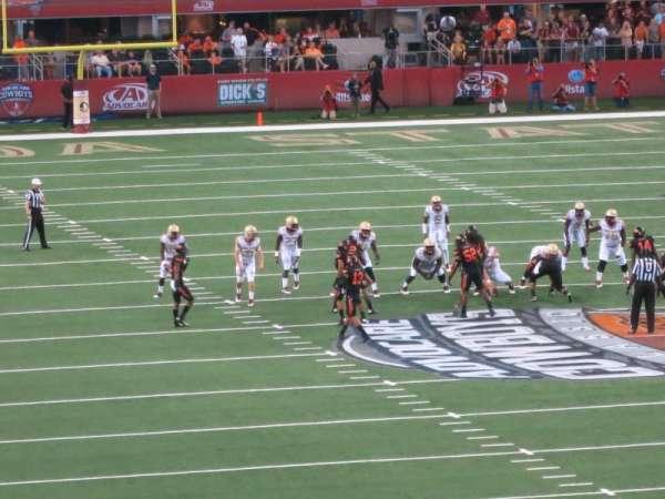 AT&T Stadium, secção: 201, fila: 3, lugar: 1-2