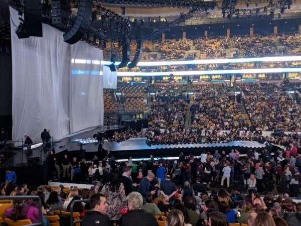 TD Garden, secção: LOGE 13, fila: 17, lugar: 11
