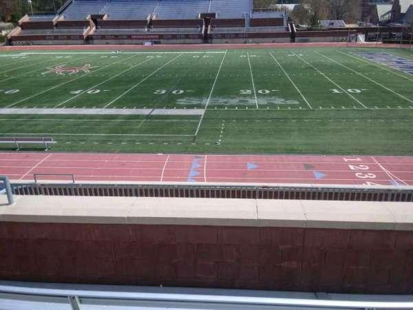 Robins Stadium, secção: 203, fila: D, lugar: 11